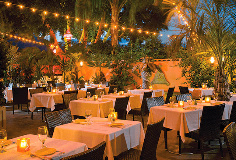 tropicale patio