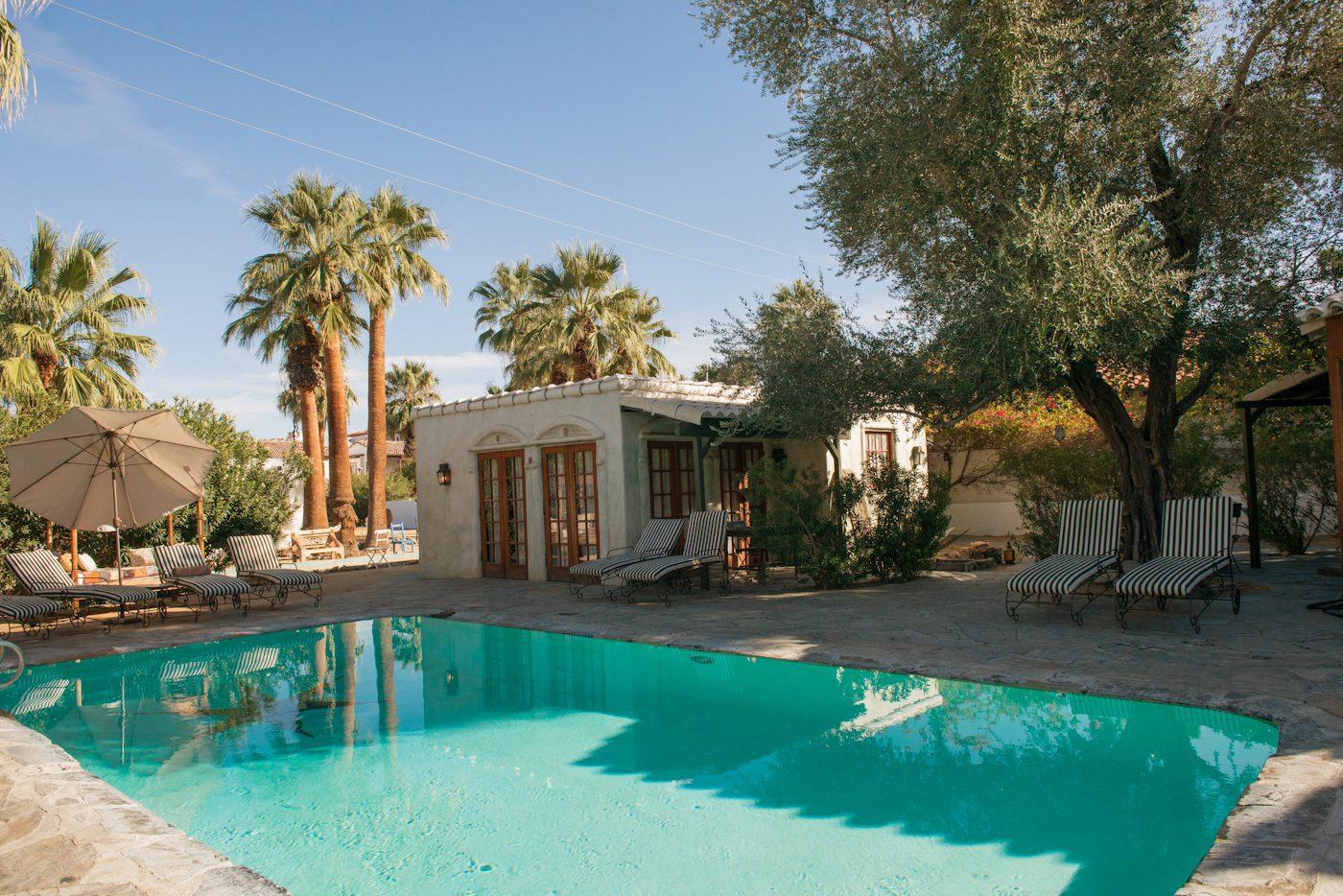 Korakia Pensionepalm springs pool
