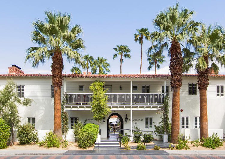 The Colony Palms exterior