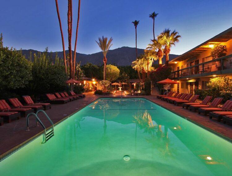 Santiago Resort pool at night