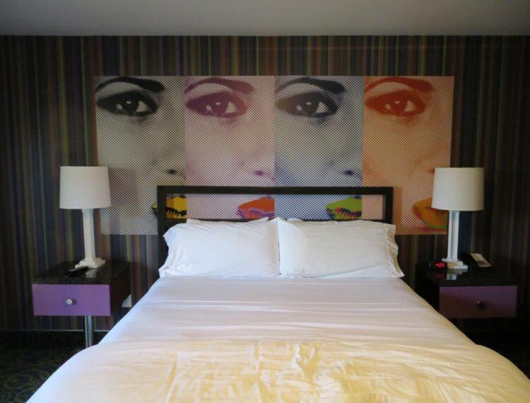 7 springs guestroom