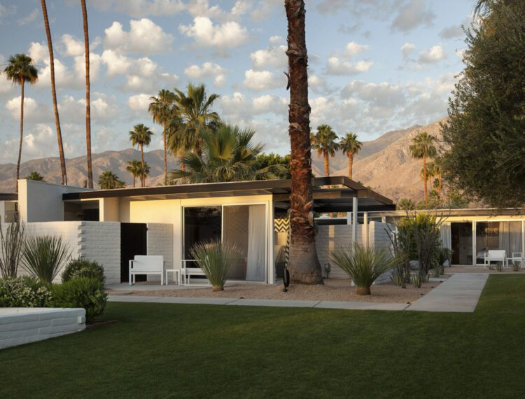 L'Horizon Palm Springs exterior