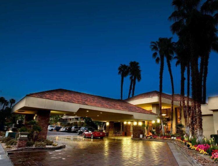 Hilton Palm Springs exterior