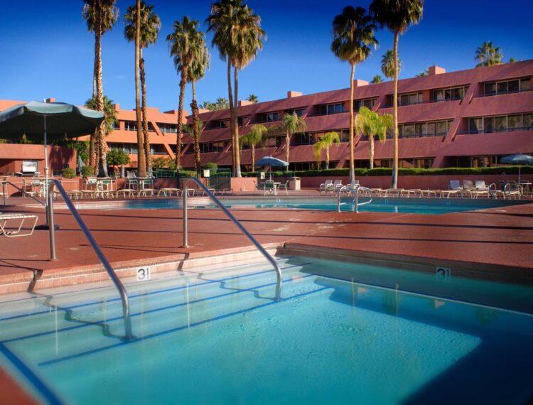 Marquis Villas pool