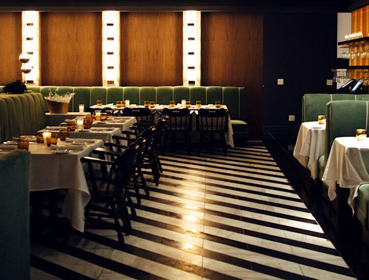 mr lyons dining room