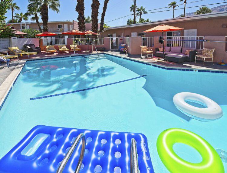 Inn at Palm Springs pool