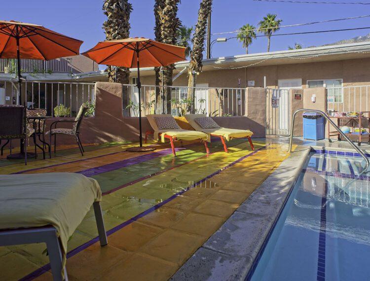 Inn at Palm Springs poolside