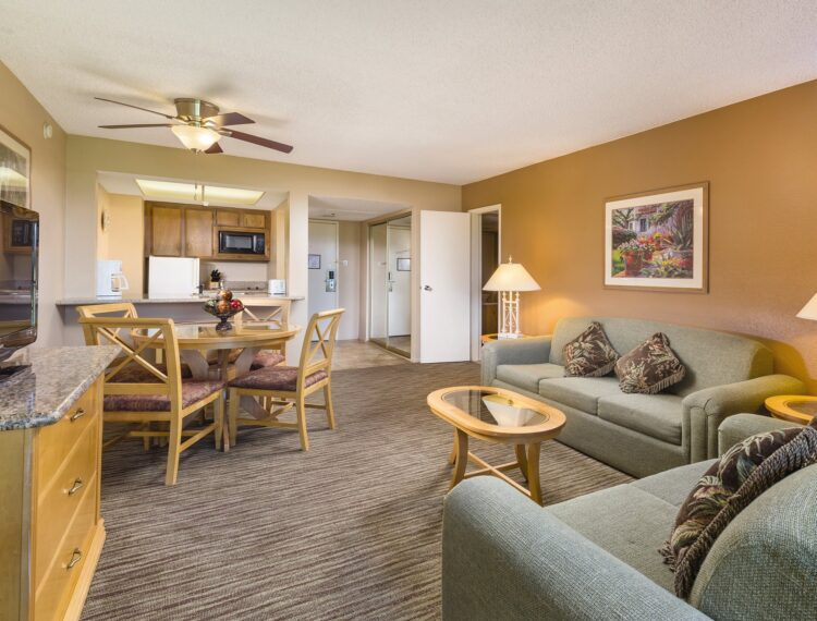 The Plaza Resort & Spa suite