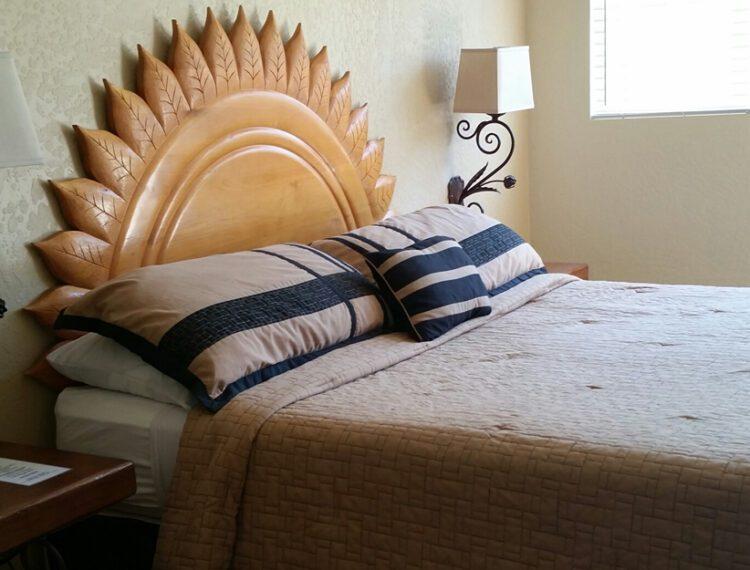 El Mirasol guestroom