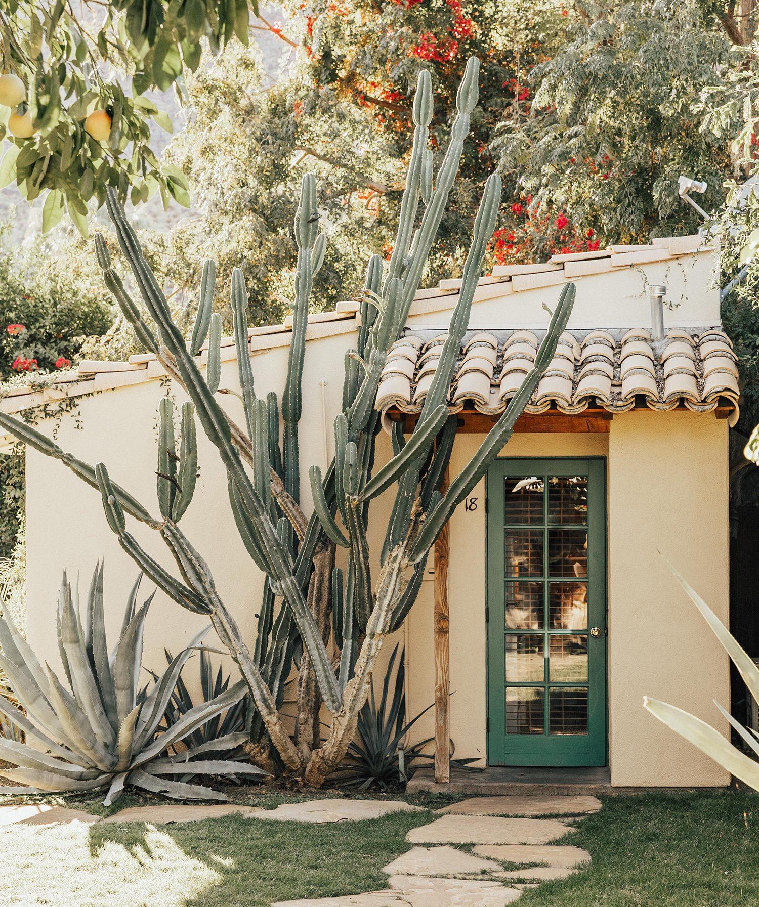 casa cody resort palm springs