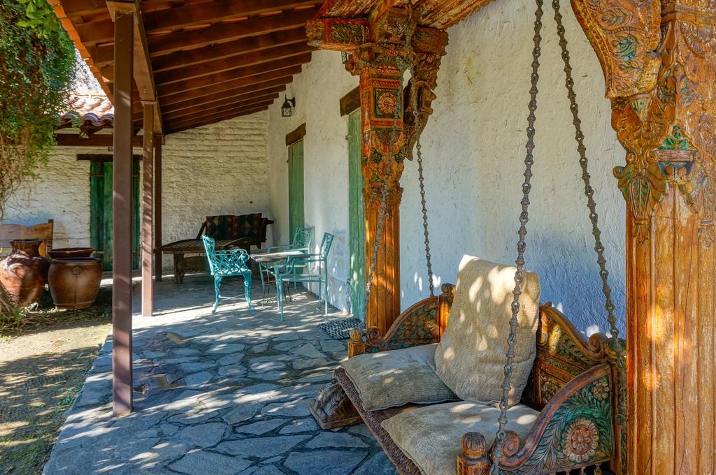 casa cody resort palm springs adobe house