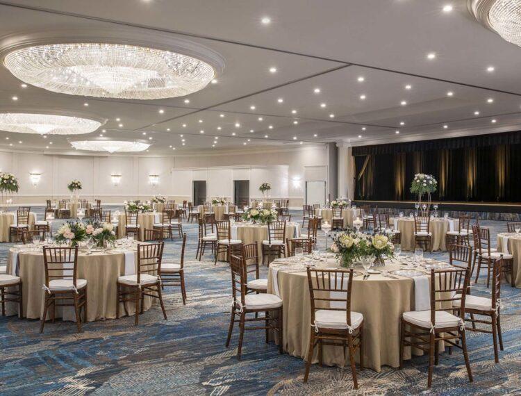 Margaritaville Ballroom set with rounds