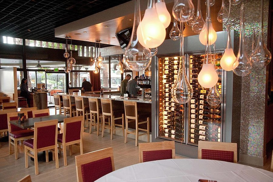 Kaiser Grill dining room