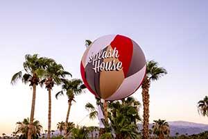 balloon with Splash House on it